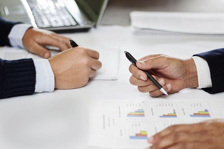 Accounting, tax advising - spodaj